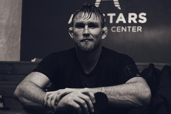 """Alexander Gustafsson: fighter och snusare – """"Det ska va stort och starkt, lite som mig"""""""